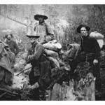 gold-prospectors-on-the-move-to-yukon-territory-canada-during-the-klondike-gold-rush