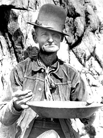 gold rush prospector old pictures miner 49er panning photos
